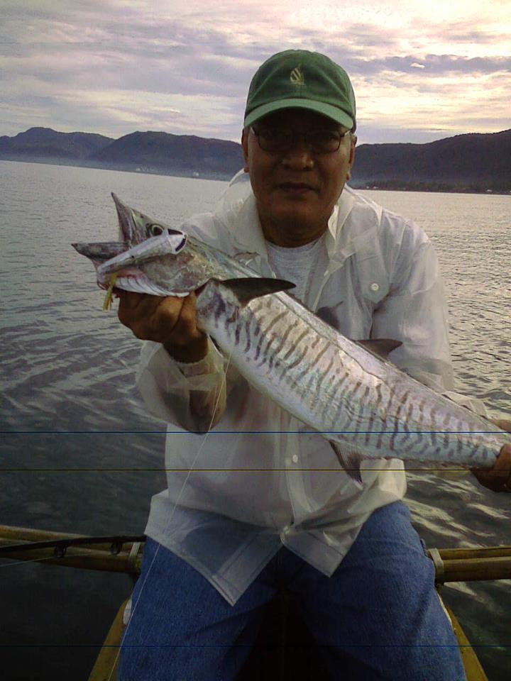 Mackerel tangigue fishing the philippines for Fish in spanish